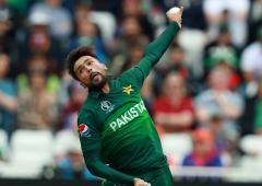 Amir remains part of Pakistan's future plans: Waqar