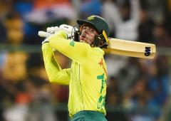 3rd T20I, PIX: De Kock leads SA to series-levelling win