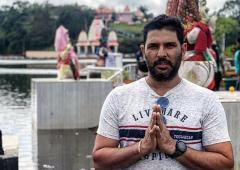 Important to practice social distancing: Yuvraj