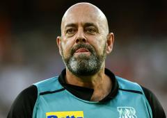 Former Aus coach Lehmann to have heart surgery