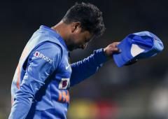 Is poor fitness behind Kuldeep's bowling woes?