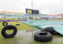 SA, England frustrated by rain as second ODI abandoned
