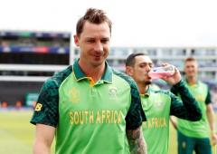 Veteran Steyn eyes new role in young South Africa side