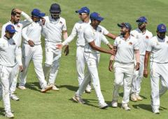 Ranji: Mumbai knocked out; Gujarat go top