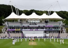Should ICC change its 'bad light' laws?