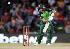 Magnificent Malan guides South Africa to series win