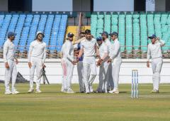 Ranji final: Bengal fight back but Saurashtra on top