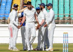 Anushtup keeps Bengal afloat in Ranji Trophy final