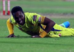 CSK's Dwayne Bravo ruled out of IPL with injury