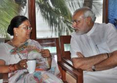 'Vasundhara and Gehlot are hand in glove'