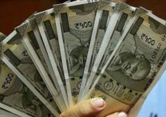 Should the govt borrow to fund capex?