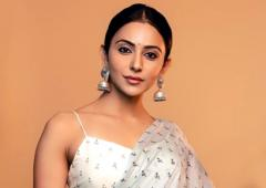 Rakul, Mouni, Kangana show off their saris