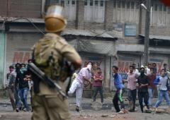 3 steps to address the Kashmir problem