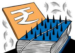 Why did FM deviate from fiscal deficit target?