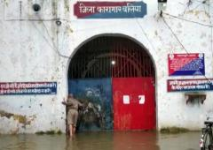 900 inmates to be shifted as UP jail gets flooded