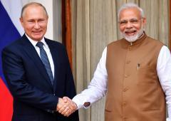Why did a US senator warn Modi against Putin?