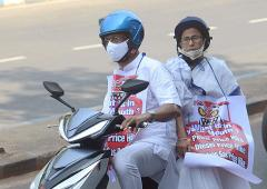SEE: Mamata's scooter ride to protest fuel prices