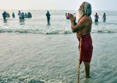 Kumbh Mela: Over 7L devotees take holy dip in Ganga