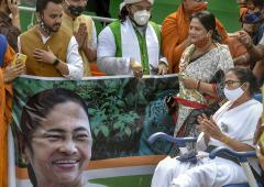 'Alas! Mamata has become a machine'
