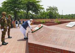 PIX: Day 1 in Dhaka, Modi pays homage to martyrs