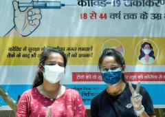 Delhi begins COVID vaccination for all above 18