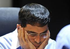 Vishy Anand loses to Kramnik, slips to ninth