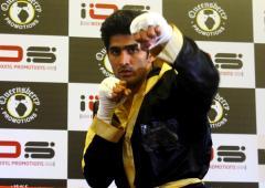 Boxers Vijender, Manoj help raise funds for Dingko
