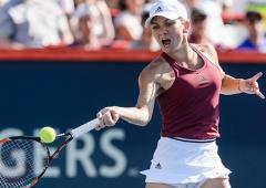 Simona Halep chases Melbourne glory