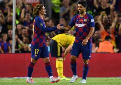 Griezmann fuels ultra-attacking Barca's hat-trick bid