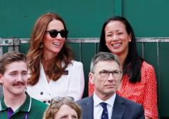 Duchess Kate skips Royal Box for outside court