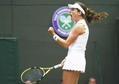 Wimbledon: Konta leaves Stephens reeling again