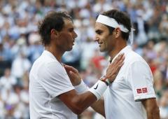 Federer not losing sleep over Rafa getting to 20 Slams