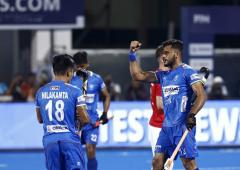India maul Japan to enter FIH Series final