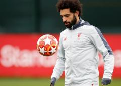 Extras: Mahrez, Salah vie for African football award