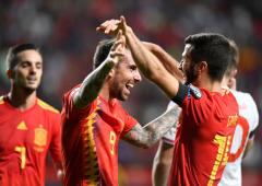 Euro qualifiers: Spain beat Faroe Islands, Italy win