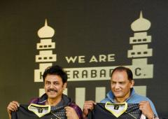 Soccer Extras: New ISL team Hyderabad FC unveil jersey