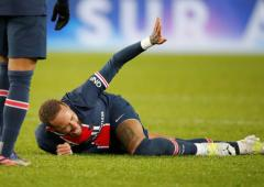 PSG say scans 'reassuring' after Neymar twists ankle