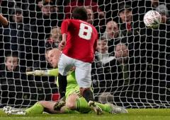 Soccer PIX: Mata sends United through; PSG crush Monaco