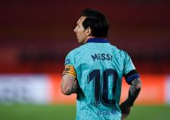 Football Focus: Barca chief confident Messi will stay
