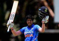 Teen sensation Shafali is World No 1 batter in T20s
