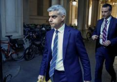 London mayor opposed to EPL June restart