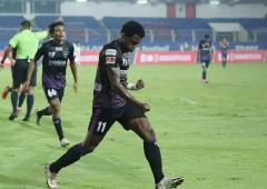ISL: Kerala miss out on another win, held by Odisha
