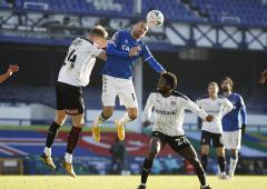 Football PIX: Everton avoid Cup scare