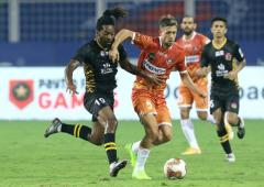 Indian football: 10-man FC Goa hold SC East Bengal