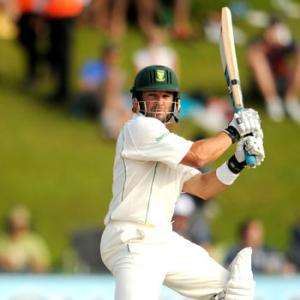South Africa in complete control against England