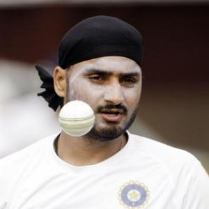 Harbhajan targets return to Indian team for 2015 World Cup