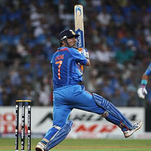 Dhoni, Gambhir star as India bring the Cup back
