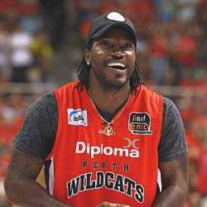 Oz Big Bash: Gayle signs up for Sydney Thunder