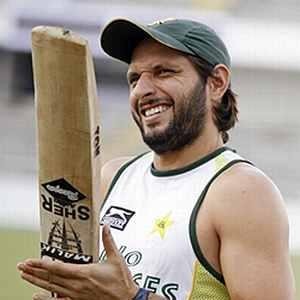 Afridi, Razzaq return to Pakistan ODI squad