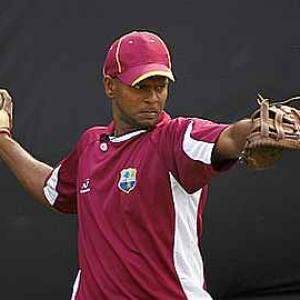 Injured Chanderpaul misses practice as teammates sweat it out